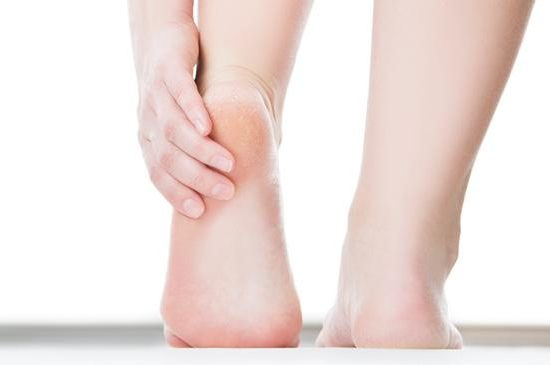 surprising-ways-to-soften-rough-feet-from-vinegar-to-vicks-136399648536603901-150807094710